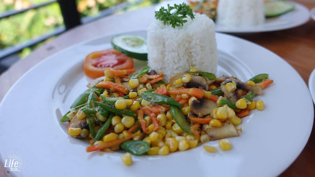Günstiger Urlaub auf Bali und Frühstück im Homestay