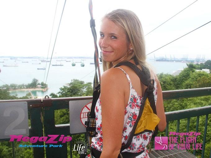 Ziplining auf Sentosa Island - Eins unserer Singapur Highlights