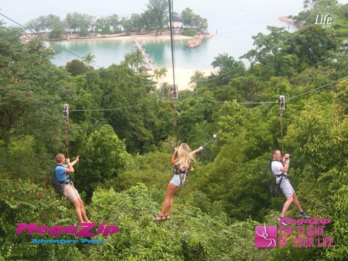MegaZip Ziplining auf Sentosa Island