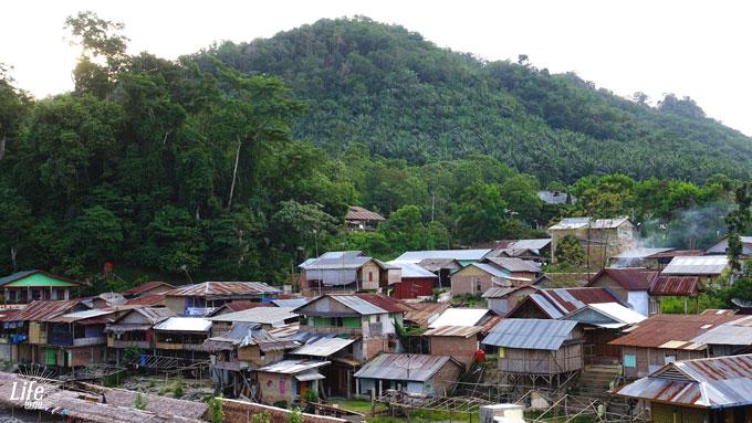 Besondere Momente in Bukit Lawang und die Geschichte vom Glück