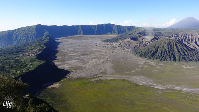 Bromo - Cemoro Lawang - Sea of Sands