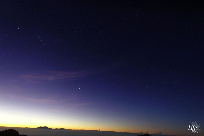 Sternenklarer Himmel - Kong Kong Hill Bromo Viewpoint