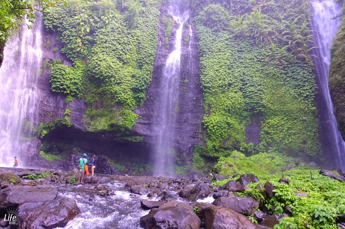 3 Waterfalls at Sekumpul Waterfall