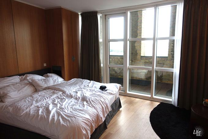Hotel im Wasserturm Köln Zimmer