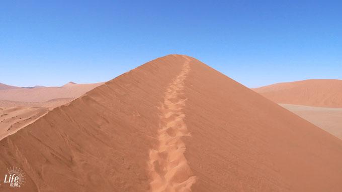 Dune 46 in Namibia Sossusvlei