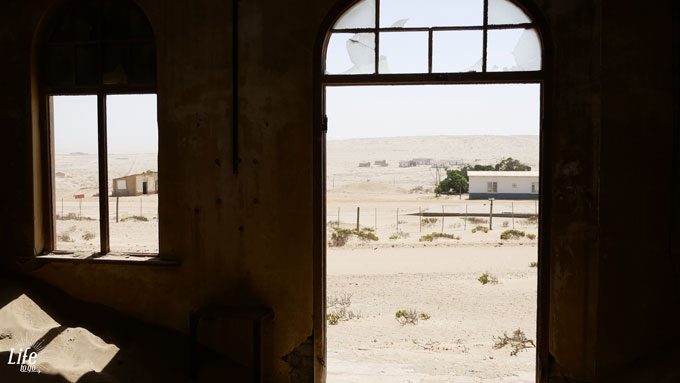 Ghost Town in Namibia Lost Place Kolmanskop