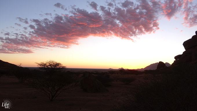 Sonnenuntergang Spitzkoppe in Namibia