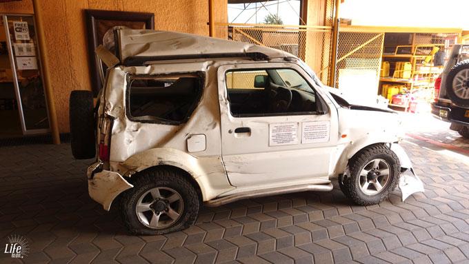 Gravelroad Totalschaden Namibia - ASCO Car Hire Mietwagen