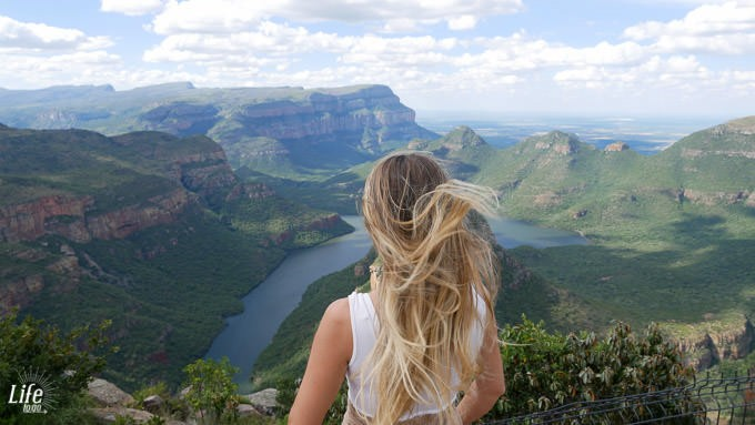 Jessica am Blyde River Canyon Viewpoint
