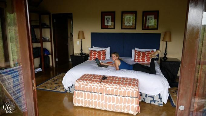 Tshwene Lodge Zimmer im Game Reserve