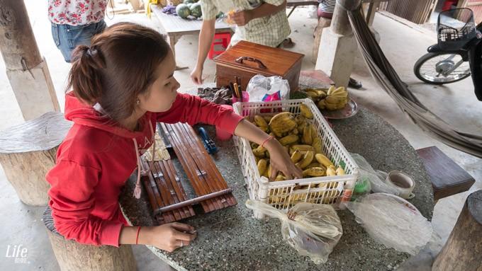 Bananen Chips Herstellung in Battambang