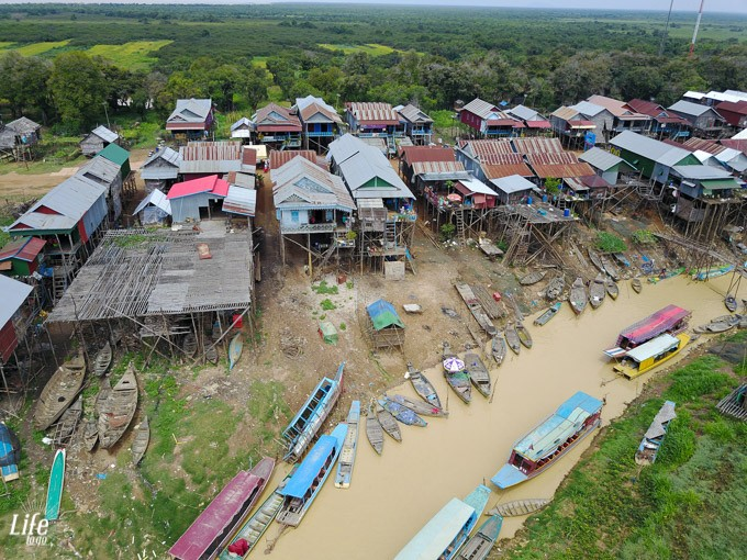 Kompong Plug Floating Village DJI Mavic Pro Drohne