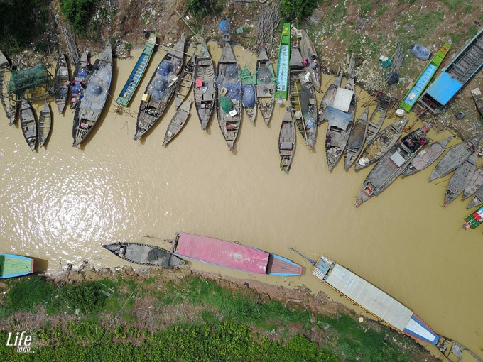 Kompong Plug Floating Village DJI Mavic Pro Drohne 2