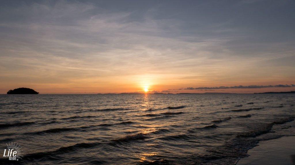 Sonnenuntergang am Otres Beach 1