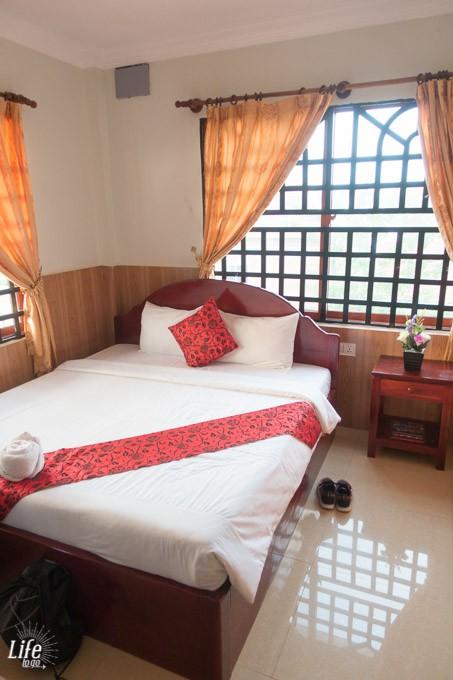 Kirin Marry Angkor Villa Zimmer und Bett