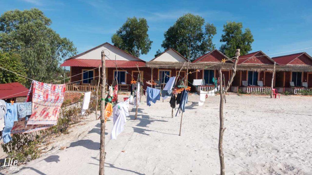 Wäsche aufhängen in der Otres Long Beach Bungalows 2 Unterkunft