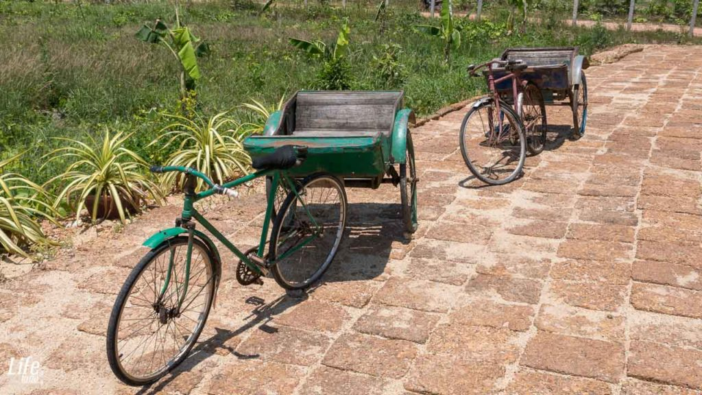 Alte Rikscha La Plantation Kampot