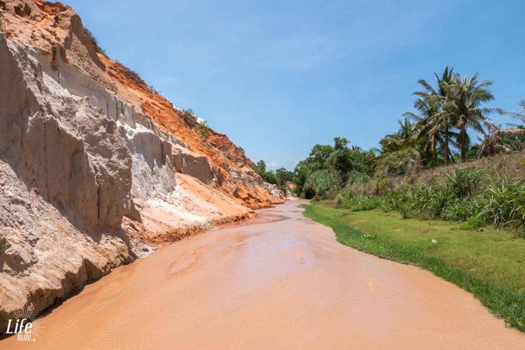 Mui Ne Ferry Stream Vietnam Reisetipps