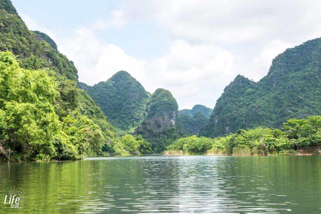 Ninh Binh und Kong Kulisse