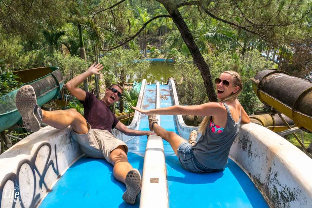 Hue Verlassener Wasserpaerk Vietnam Reisetipps