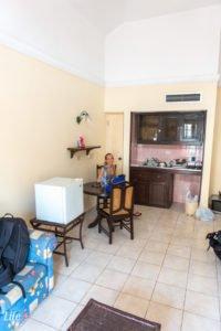 Küche unserer Unterkunft in Havanna während unseres Sprachkurses
