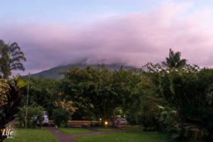 Arenal Vulkan in der Abenddämmerung - Ausblick Arenal Paraiso Resort & Spa