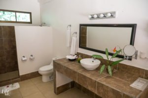 Hotel Villa Lapas Costa Rica Badezimmer