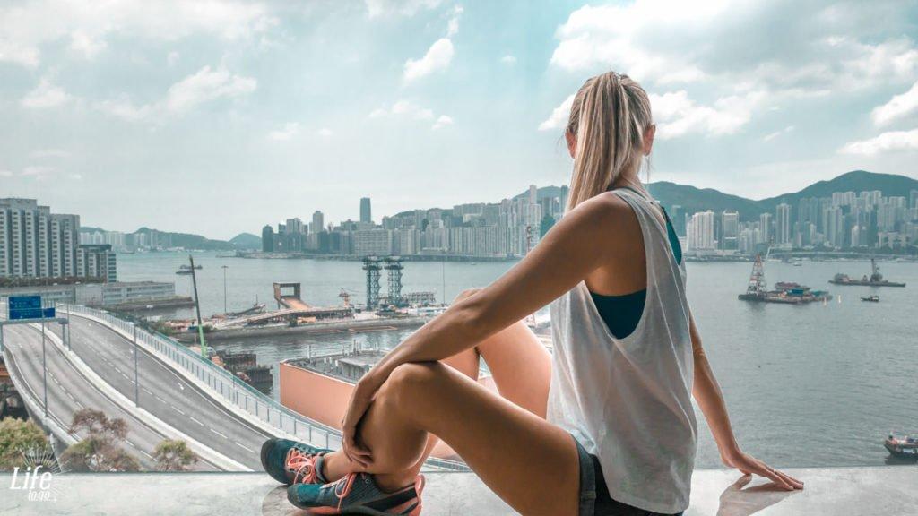 Aussicht aus dem Zimmerfenster - New World Millennium Hotel Hong Kong