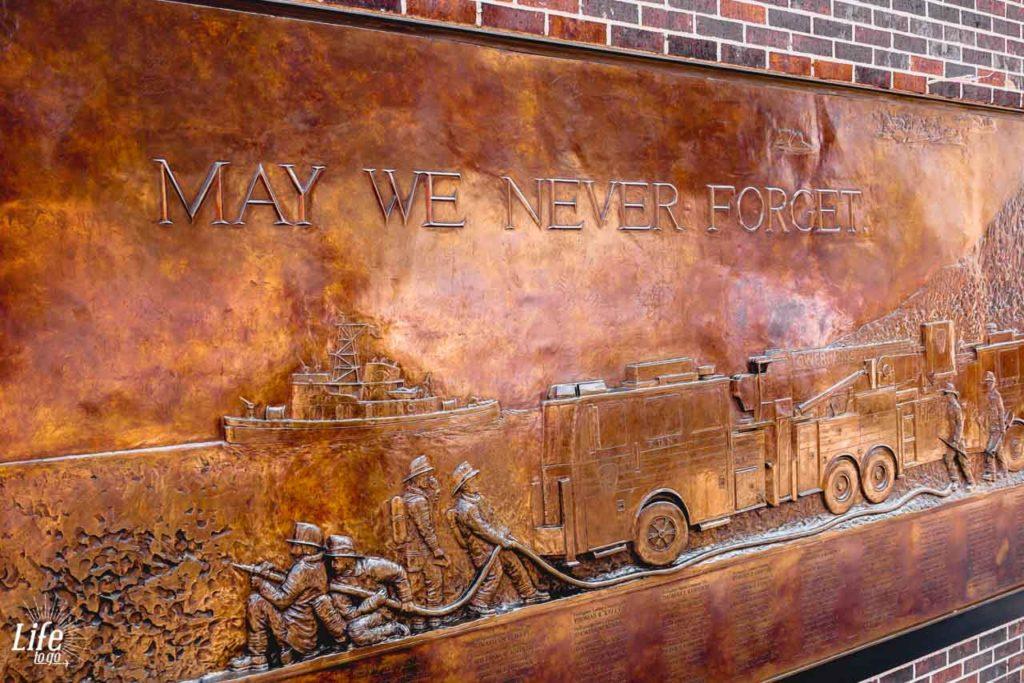 Gedenktafel und Erinnerung an den 11. September 2001 in New York