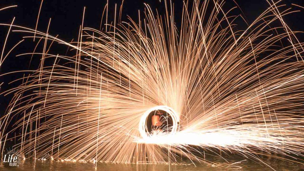 Finale der Feuershow auf Koh Samui