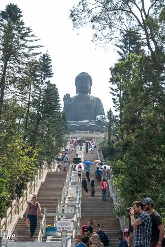 Treppen zum Big Buddha - Tian Tan Buddha auf Lantau Island Hong Kong