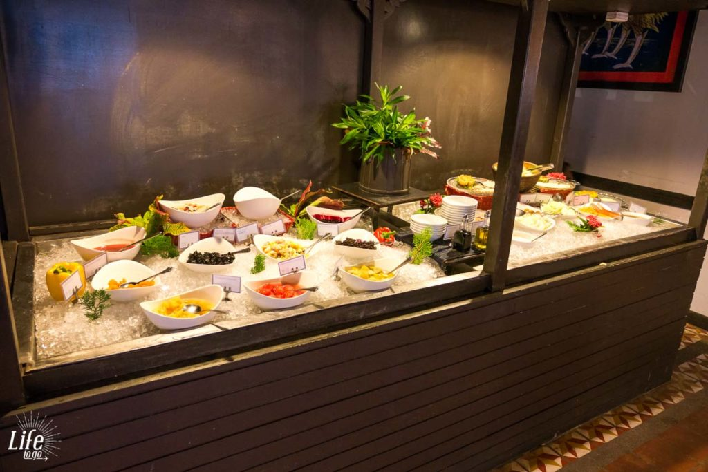Frühstück Holiday Inn Koh Phi Phi