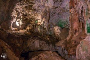 Höhlen auf James Bond Island Tour ab Khao Lak