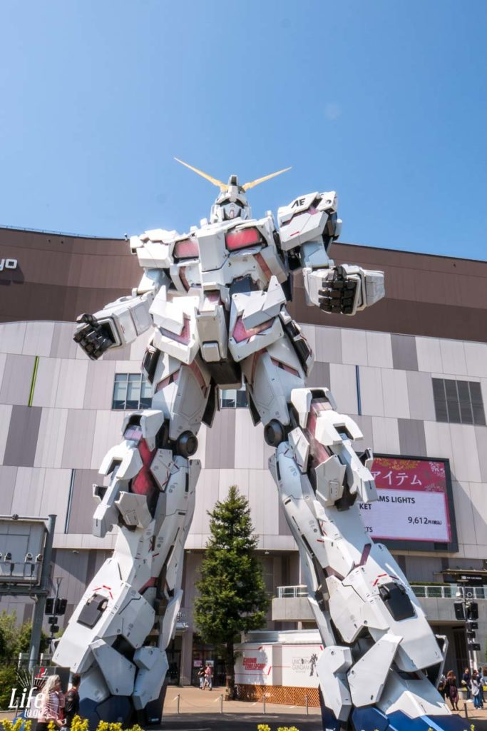 Giant Gunda Diver City Tokyo Plaza Odaiba