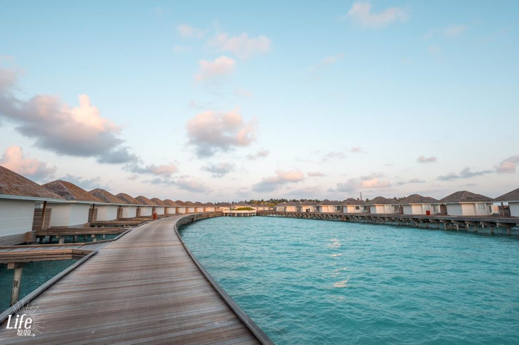 Kandima Malediven Wasser Villen Malediven Reisebericht