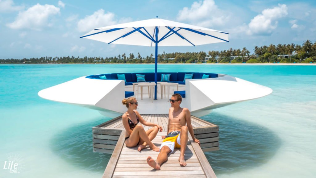 Pods im Kandima Malediven Resort