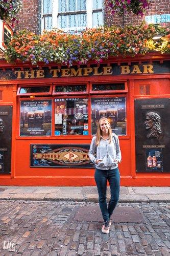 Bild vor der Temple Bar in Dublin