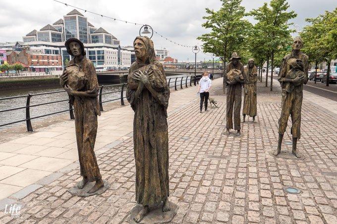 Famine Memorial Hungersnot Denkmal