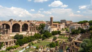 Forum Romanum und Kolosseum