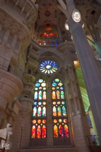 Sagrada Familia Fenster Innenraum