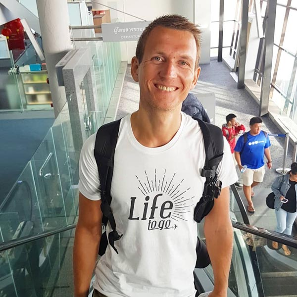 LIFE TO GO T-Shirt 1