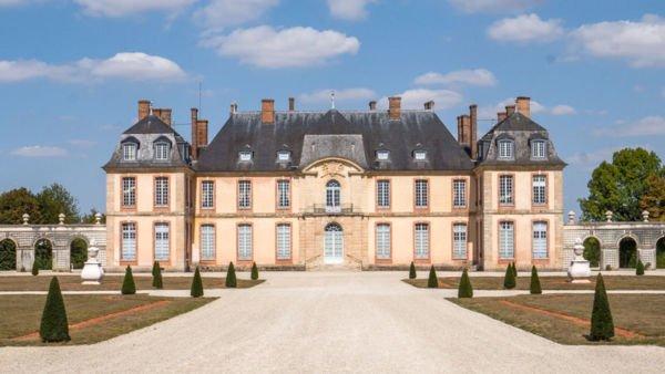 Chateau de la Motte Tilly - ein Schloss in Frankreich