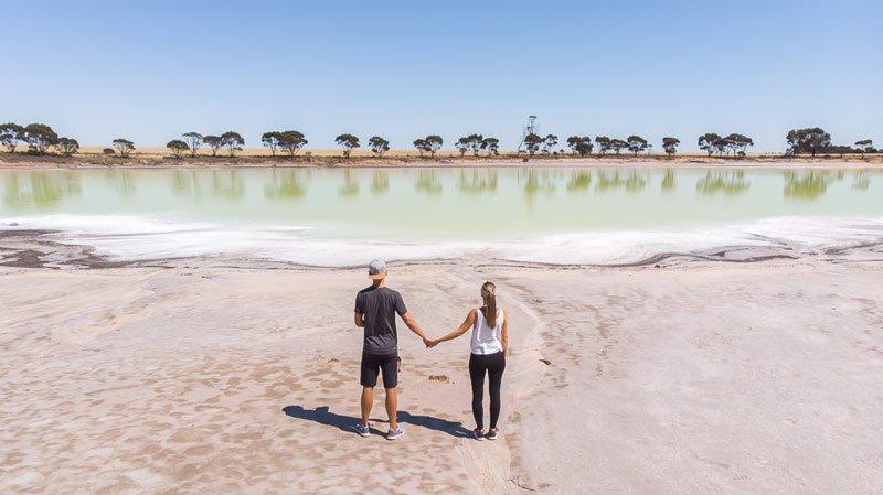 Statues Lake Australien