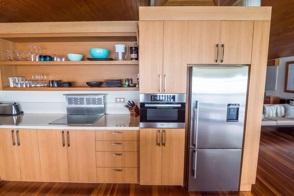 Bora Bora Bungalow moderne Küche