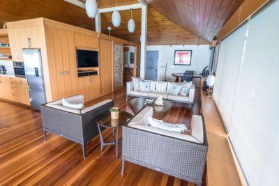 Bora Bora Unterkunft großer Wohnbereich