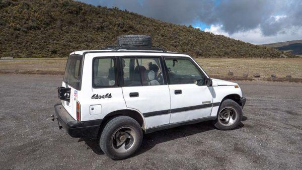 Cotopaxi Nationalpark - Guide Jeep Geländewagen
