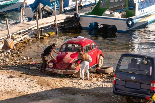 Titicacasee Auto waschen