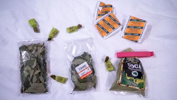 Coca Blätter, Tee, Bonbons und Pulver, gegen die Höhenkrankheit