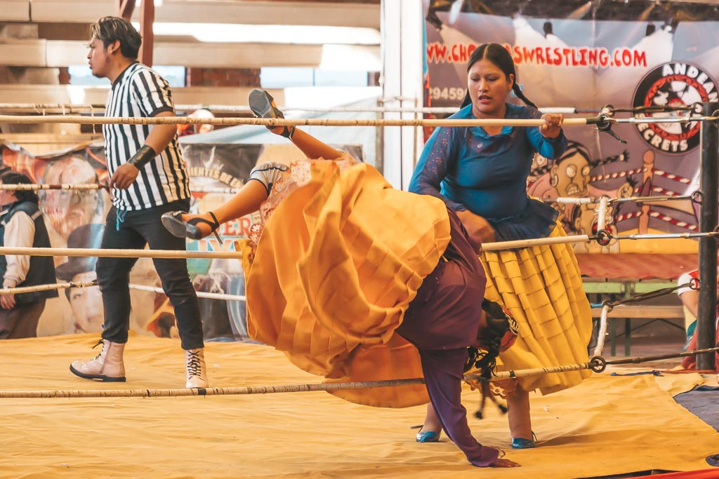 Cholitas Wrestling Highlight La Paz