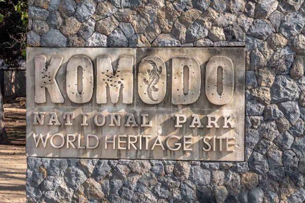 UNESCO Weltkulturerbe Komodo Nationalpark Eingang